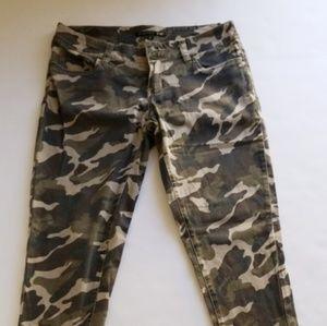 YMI super skinny camo cigarette pants